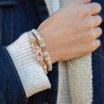 Do you have your warm layers? Dont forgot that bracelet layers are just as important!