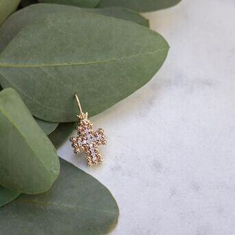 Simple yet dazzling. These diamond and gold cross earrings are perfect for Easter weekend and all t