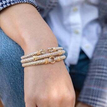 The perfect spring outfit. The best bracelets for everyday wear
